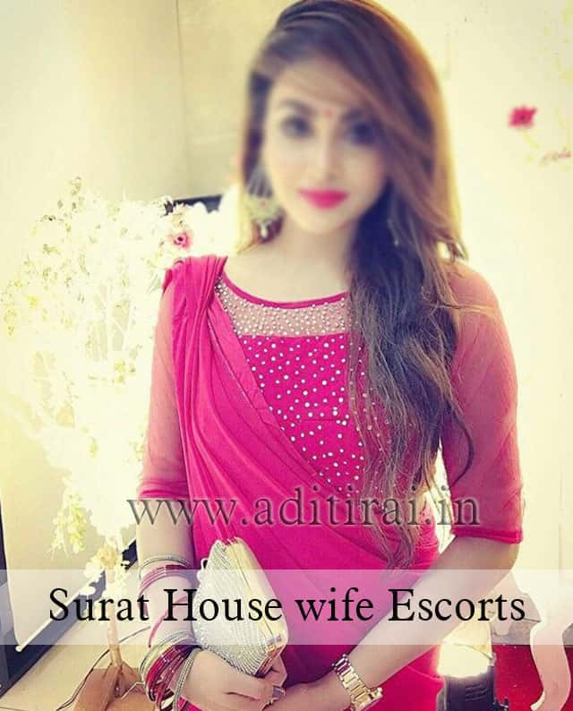 http://www.aditirai.in/images/surat-escorts6.jpg